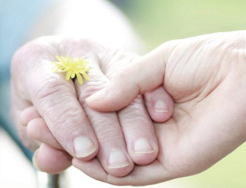 En mSoluciona cuidamos de las personas mayores con dependencia